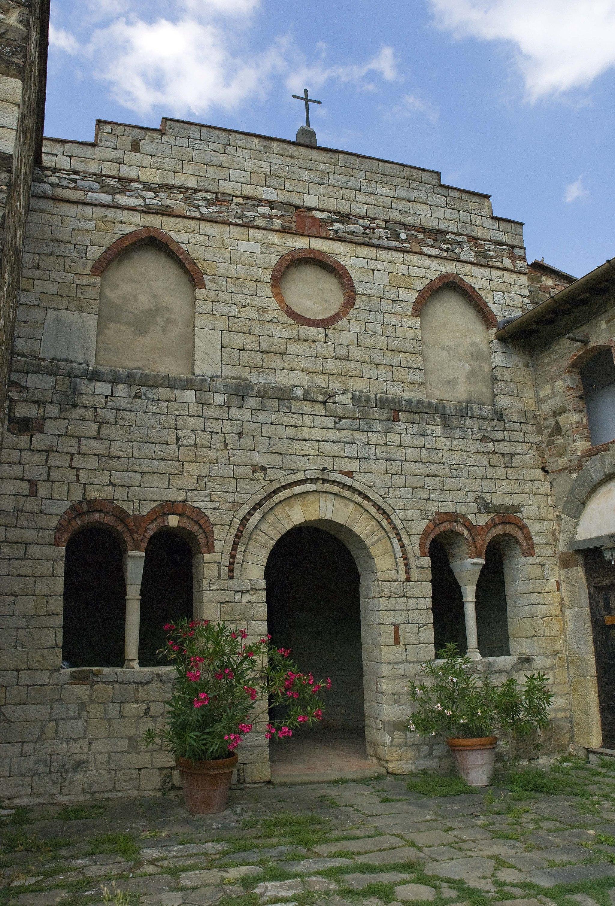 Pieve di San Cresci, fasciata (Greve in Chianti)