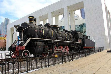 China Railways SY industrial steam locomotive, kept in front of Dalian Modern Museum China Railways SY in Dalian.JPG