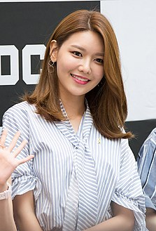 Choi Soo-young at Starfield Hanam G-SHOCK fan signing on April 16, 2017 (1).jpg