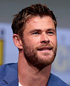 Chris Hemsworth in 2017 by Gage Skidmore (3).jpg