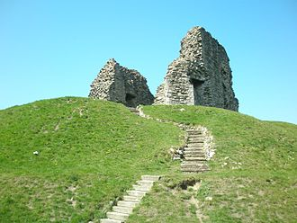 History of Christchurch, Dorset - The keep on top of its steep motte.