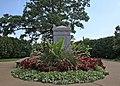 Civil War Unknowns Memorial - looking S - Arlington National Cemetery - 2011 (6799181133).jpg