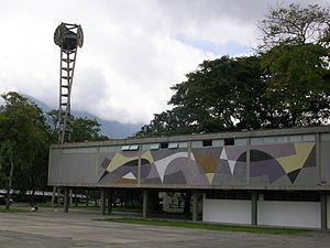 Clock-Armando Barrios UCV