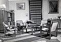 Collectie NMvWereldculturen, TM-60042252, Foto- Zit ameublement, 1945-1950.jpg