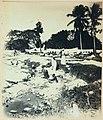 Collectie Nationaal Museum van Wereldculturen TM-60062376 Het wassen en drogen van kleding Dominicaanse Republiek fotograaf niet bekend.jpg