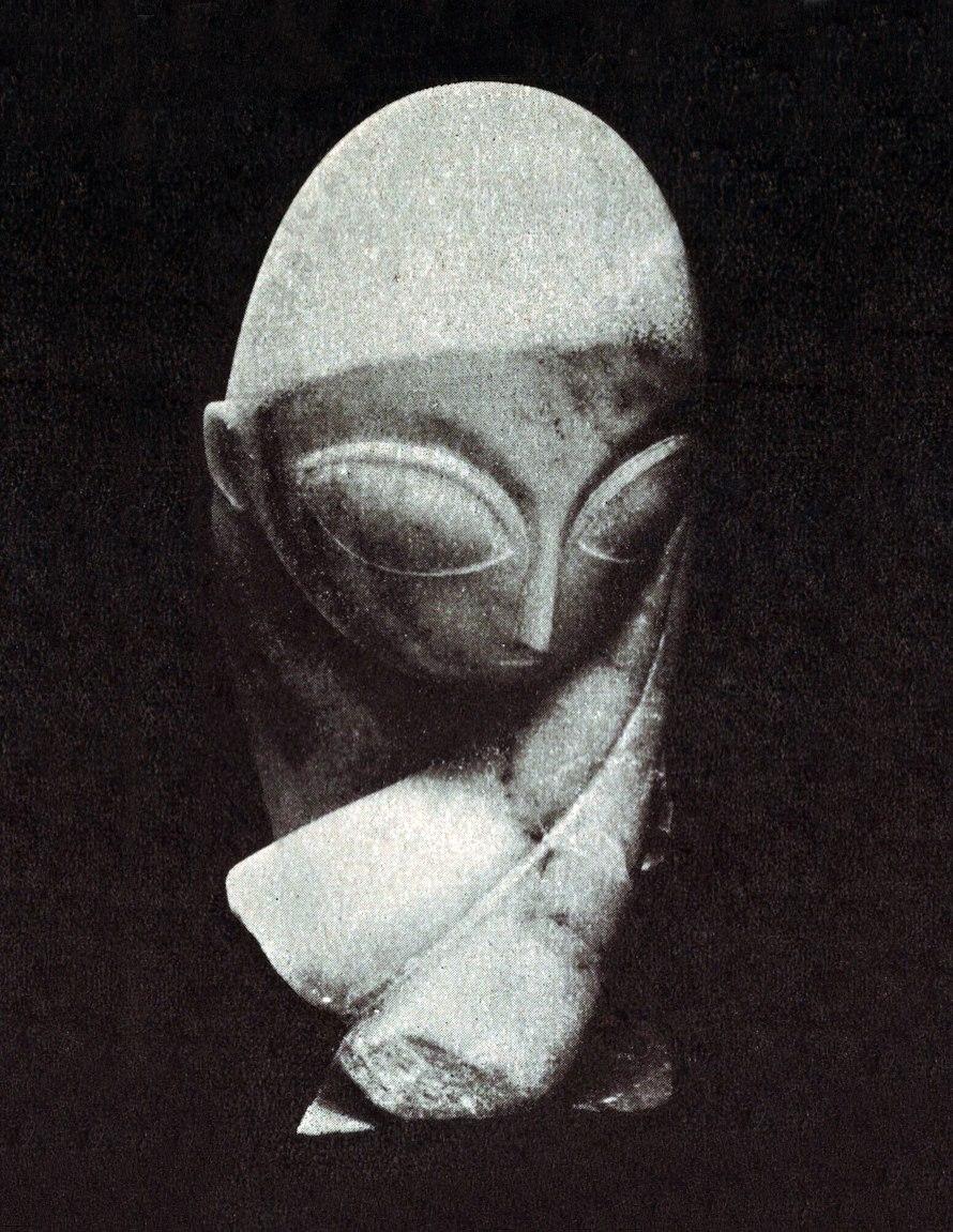 Constantin Brancusi, Portrait of Mlle Pogany, 1912, Philadelphia Museum of Modern Art, Philadelphia.jpg