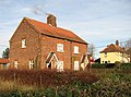 Cottage beside path to Intwood Lane - geograph.org.uk - 1602908.jpg