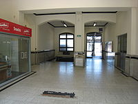 Counters Arnstadt central station.JPG