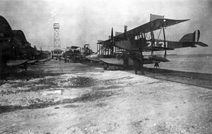 Curtiss Model N - U.S. Navy N-9s and Curtiss Model Fs at Naval Air Station Key West