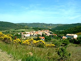 Davejean (France) Village.jpg