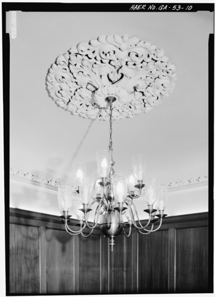 File:Decorative plaster ceiling medallion in the Board Room - Central of Georgia Railway, Gray Building, 227 West Broad Street, Savannah, Chatham County, GA HAER GA,26-SAV,57A-10.tif