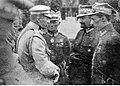 Dekoracja oficerów 30 Dywizji Piechoty, weteranów byłej Brygady Syberyjskiej w drugą rocznicę powrotu do Polski (22-278-7).jpg