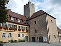 Der Bau der Grafenburg erfolgte im späten 10. bis frühen 11. Jahrhundert. 1818 bezog die Lauffener Stadtverwaltung die Burg. - panoramio.jpg