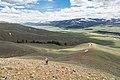 Descending from Bison Peak ridge (42461282931).jpg