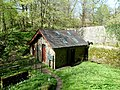 Dinefwr pump house - panoramio.jpg