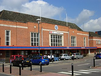 Doncaster railway station - The frontage at Doncaster