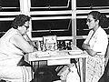 Dora Trepat de Navarro, campeona argentina (Izquierda) Vs Marguerita Guerra, campeona peruana.jpg