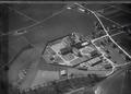 ETH-BIB-Regensdorf, Strafanstalt, Gefangene beim Umgang v. O. aus 300 m-Inlandflüge-LBS MH01-005015.tif