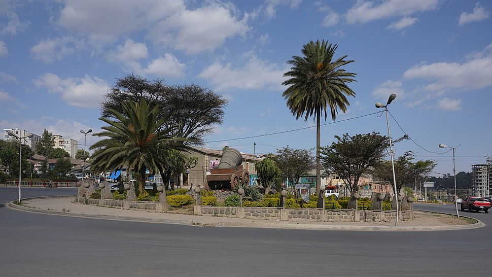 ET Addis asv2018-01 img35 Tewodros Square