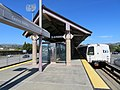 Eastbound train at Castro Valley station, May 2018.JPG