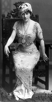 Edna Wallace Hopper 1910.jpg