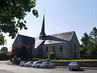 Eglise de Couesmes autre vue.JPG