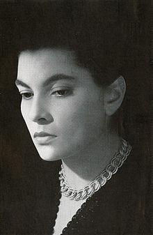 Elena Varzi 54.jpg