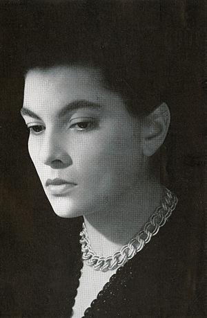 Elena Varzi - Varzi in the Italian magazine Cineguida (1954)