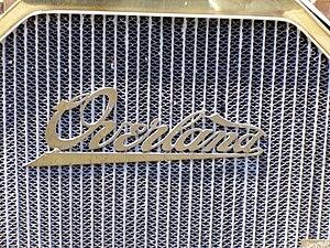 Overland Automobile - Image: Emblem Overland