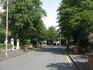 Dumbreck - Image: Erskine Avenue, Dumbreck geograph.org.uk 1357522