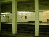 Estació de les Tres Torres.JPG