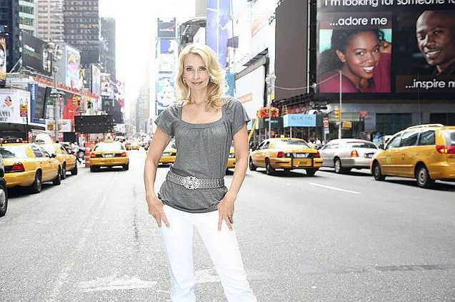 Eva Lind NY