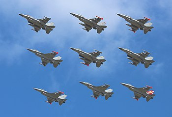 F-16 Royal Danish Air Force Diamond Formation at Danish Air Show 2014-06-22.jpg