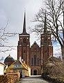 Facade Roskilde cathedral Denmark.jpg