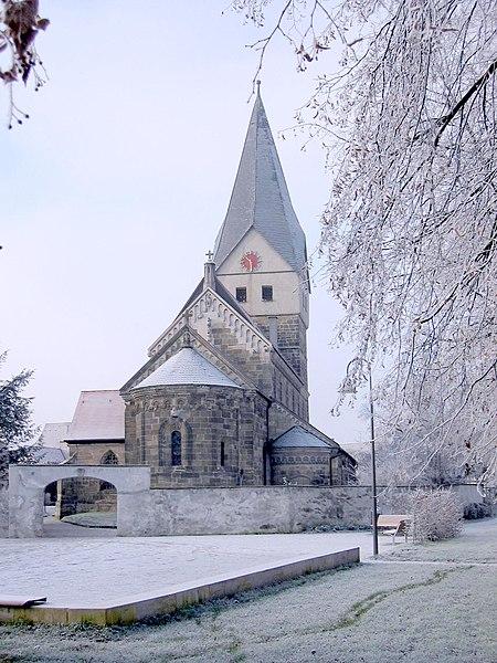 File:Faurndau Stiftskirche.jpg