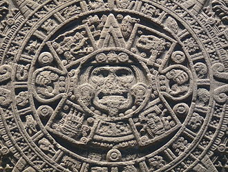 Aztec calendar stone - Detail of the two innermost circles of the monolith