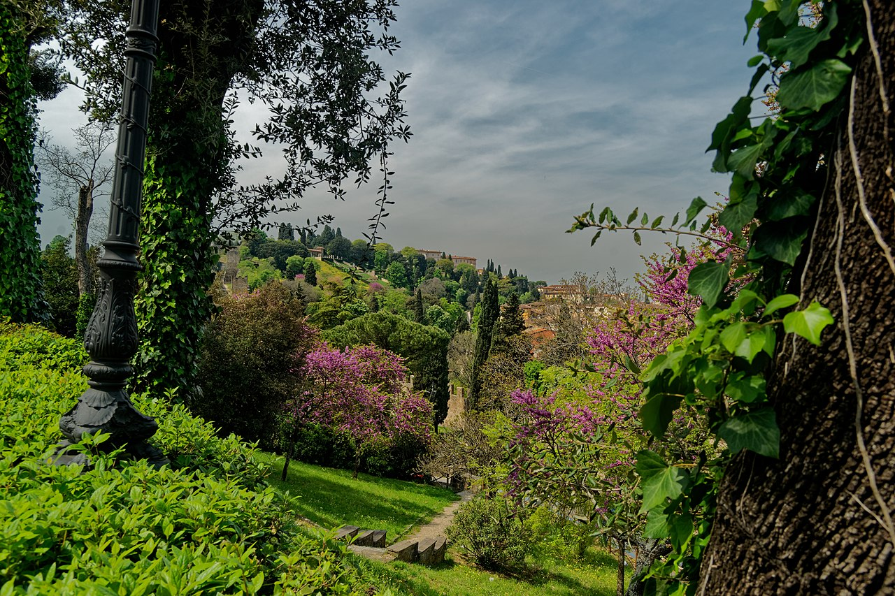 Giardino Bardini, Firenze - Viale Giuseppe Poggi, view West towards Bardini Gardens