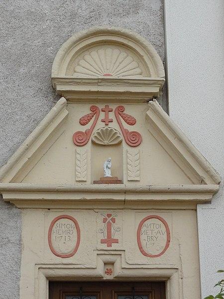 Flin (M-et-M) dessus de porte maison B