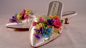 Mule (shoe) - Mules decorated in the fashion of the 1980s