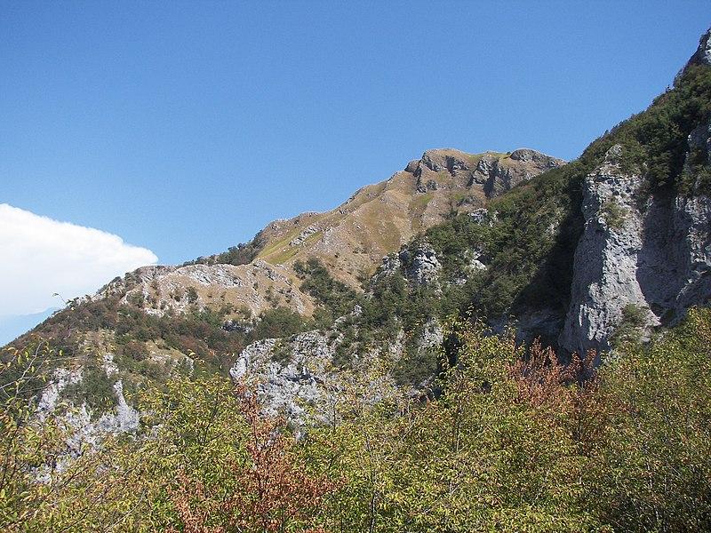 File:Fornovolasco - Alpi Apuane - panoramio - gian luca bucci.jpg