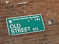 Frog and Old Street sign - London 2009.jpg
