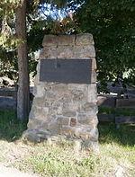 Memorial stone Gersdorfer Burg.jpg
