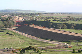 Geelong Ring Road - Lewis Bandt Bridge over the Moorabool River under construction in 2007