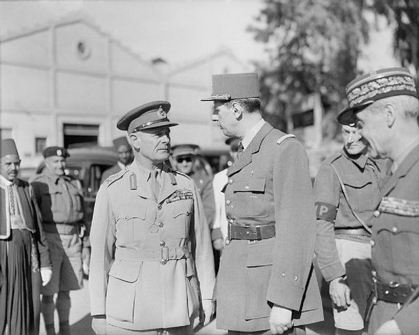 [Image: 600px-General_Charles_de_Gaulle_with_Gen..._E2324.jpg]