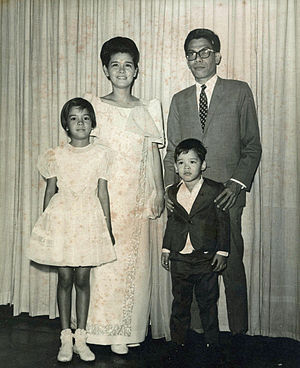 Guillermo de Vega - Guillermo de Vega and Family, 1969