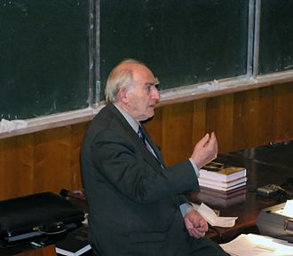 Vitaly Ginzburg - Ginzburg reads a Nobel lecture in Moscow State University.