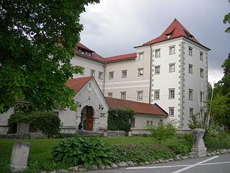 Kacenštajn Castle - Image: Grad Kacenštajn 01