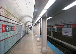 "Grand station (CTA Red Line) Chicago ""L"" station"