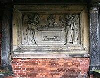 Gropius-tomb.JPG