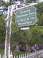 Gruene Mansion Inn sign.jpg